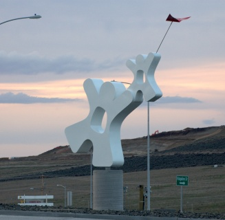 """""""Catch the Spirit""""Kennewick WA.25 feet tall kinetic, it spins on the base in the wind."""