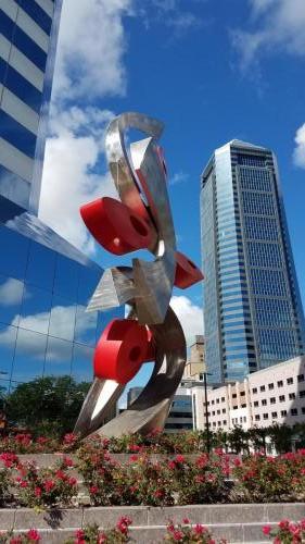 """Entwined"" Jacksonville FL. 2018Stainless steel, 30 feet tall"